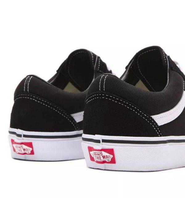 Chaussure vans style Snearker derrière